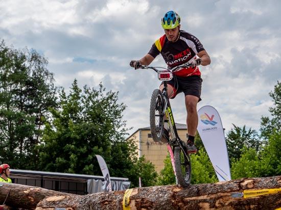 Kai Lorenz bei Weltcup in Vöcklabruck